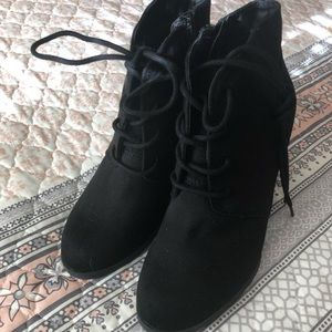 American Rag size 6 boots!